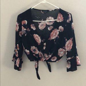 Women's Crop Tie Floral Blouse